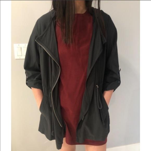 Forever 21 Black Flowy Jacket Size: S